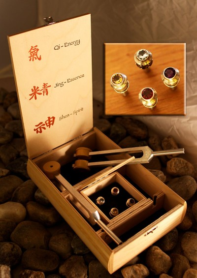 Three Treasures 2 Ohm Unison Gem Tip Set with Wooden Case